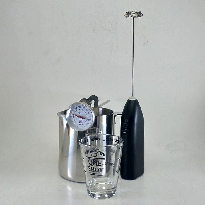 Paket Barista Bundle Milk Jug + Frother + Shot Glass + Thermometer